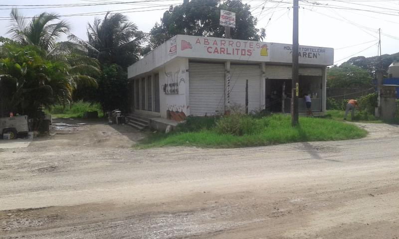 Foto Local en Venta en  Adolfo Lopez Mateos,  Tuxpan  LOCAL EN VENTA
