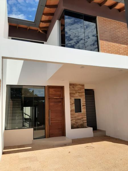 Foto Casa en Alquiler en  Loma Merlo,  Luque  Zona Pan American School