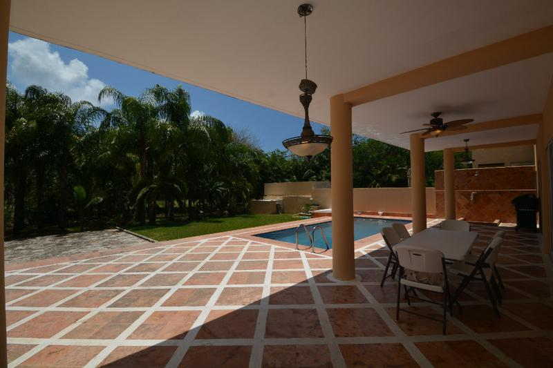 Foto Casa en condominio en Venta en  Puerto Aventuras,  Solidaridad  Casa de 4 recamaras en venta Puerto Aventuras con vista a campo de golf