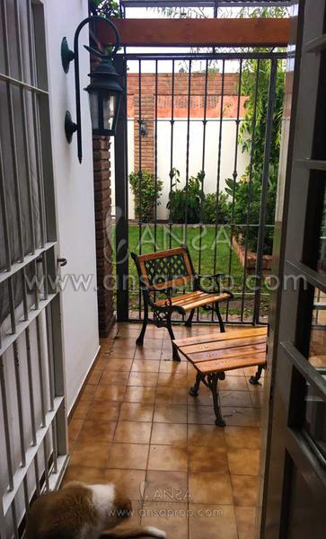 Foto Casa en Venta en  Maipu Seccion 2,  Cordoba  Fabulosa Casa en Maipú 2ª - Bella Zona