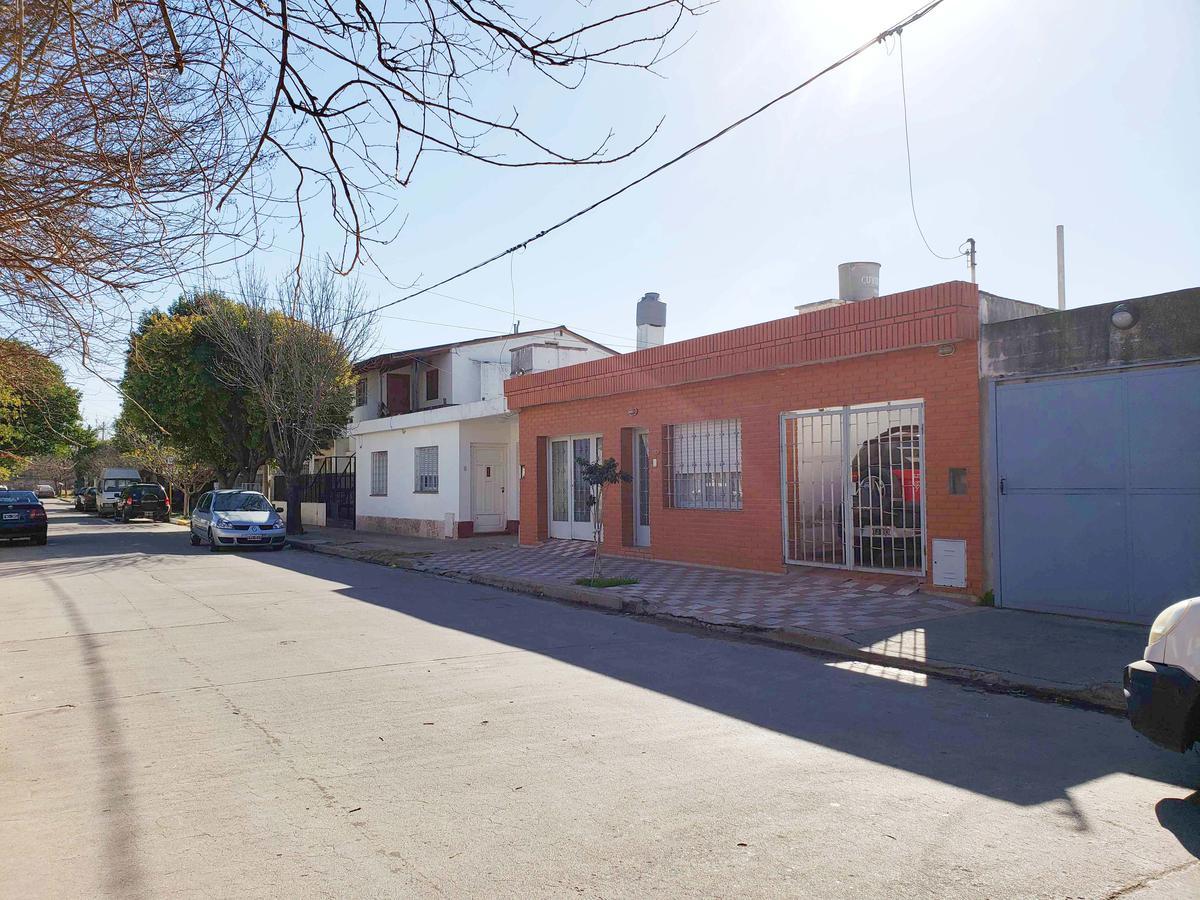 Foto Casa en Venta en  Alta Cordoba,  Cordoba  La Casa más Piola en Alta Cba. en Venta!!!Patioo,  3 dorm y lugar 2 autos!!