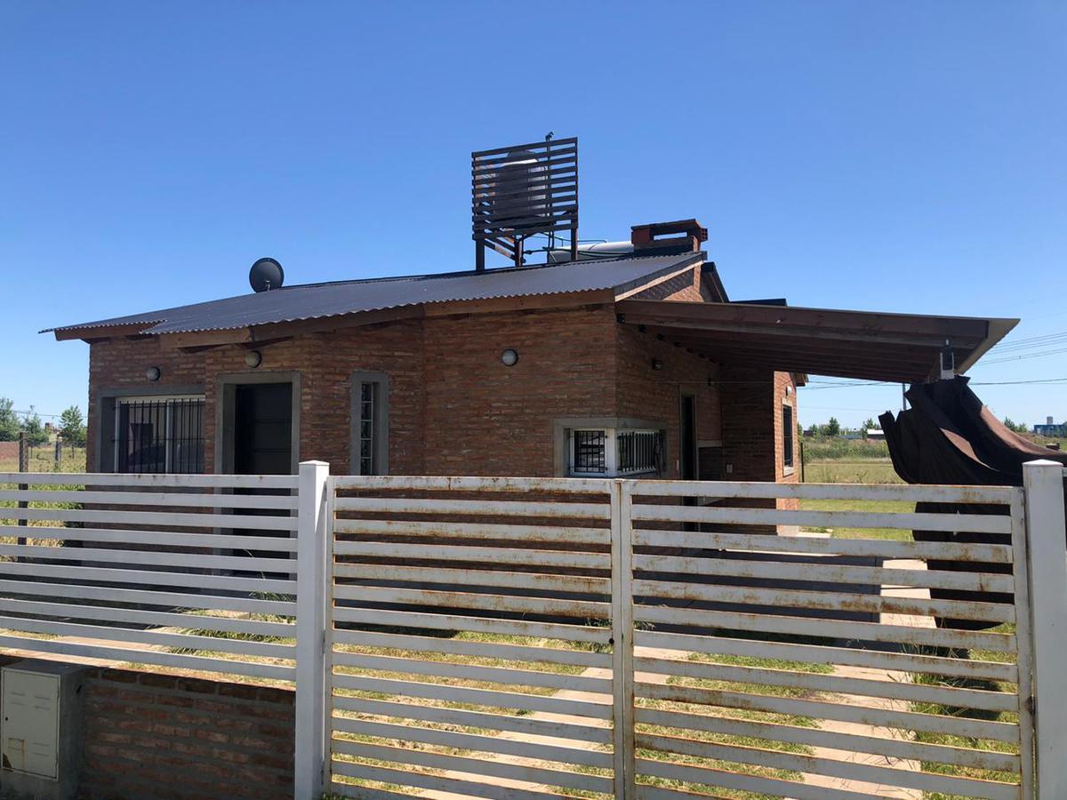 Foto Casa en Venta en  Tierra de Sueños 3,  roldan  Bv. de la Fe  al 400
