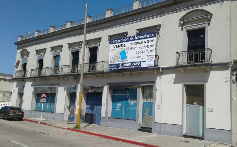 Foto Local en Venta en  Ciudad Vieja ,  Montevideo  Rambla 25 de Agosto al 1500