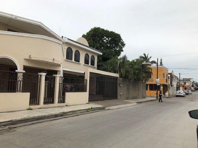 Foto Casa en Venta en  J Luna Luna,  Ciudad Madero  EXCELENTE PROPIEDAD EN ESQUINA COL. LUNA LUNA