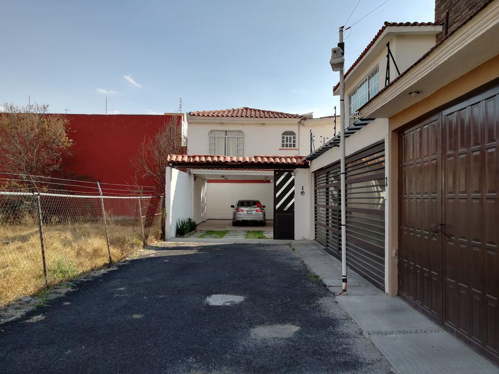 Foto Casa en Venta en  Metepec ,  Edo. de México  Casa en Venta en Lázaro Cárdenas