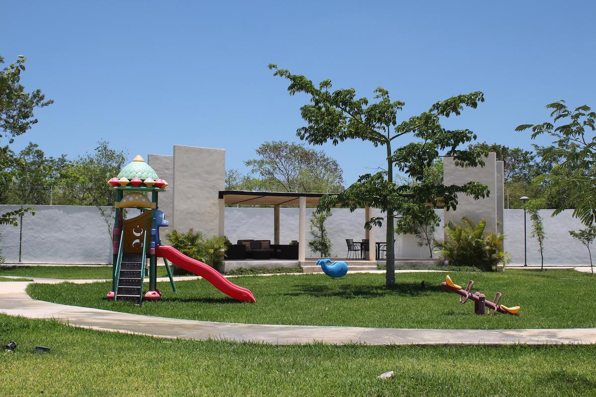 Foto Terreno en Venta en  Pueblo Temozon Norte,  Mérida  LOTES RESDIENCIALES-ALTA PLUSVALIA-TEMOZON-MERIDA