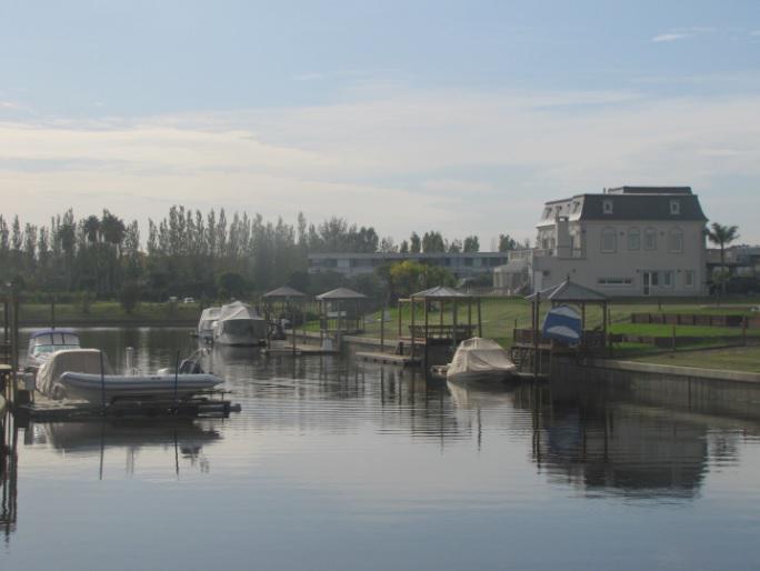Foto Terreno en Venta en  El Yacht ,  Nordelta  Yacht Nordelta. Avenida del Mirador al 500. Lote al río con amarra.
