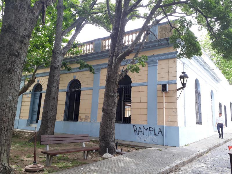 Foto Casa en Venta en  Colonia del Sacramento ,  Colonia  BARRIO HISTÓRICO-DEL COMERCIO al 200