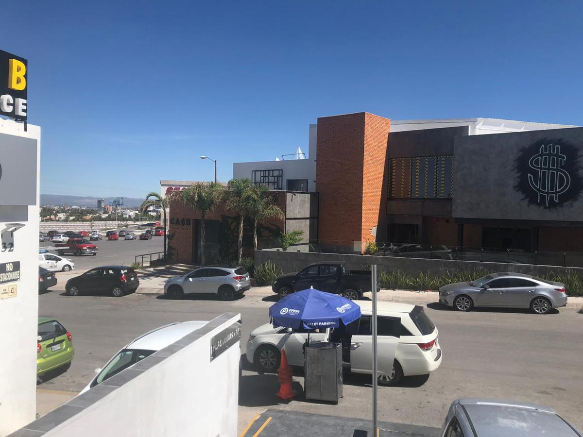Foto Local en Renta en  San Luis Potosí ,  San luis Potosí  LOCAL COMERCIAL EN RENTA EN LOMAS DEL TEC, SAN LUIS POTOSI