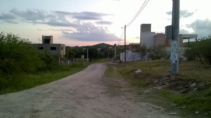 Foto Terreno en Venta en  Alta Gracia,  Santa Maria  Calle Publica Nº185 P251