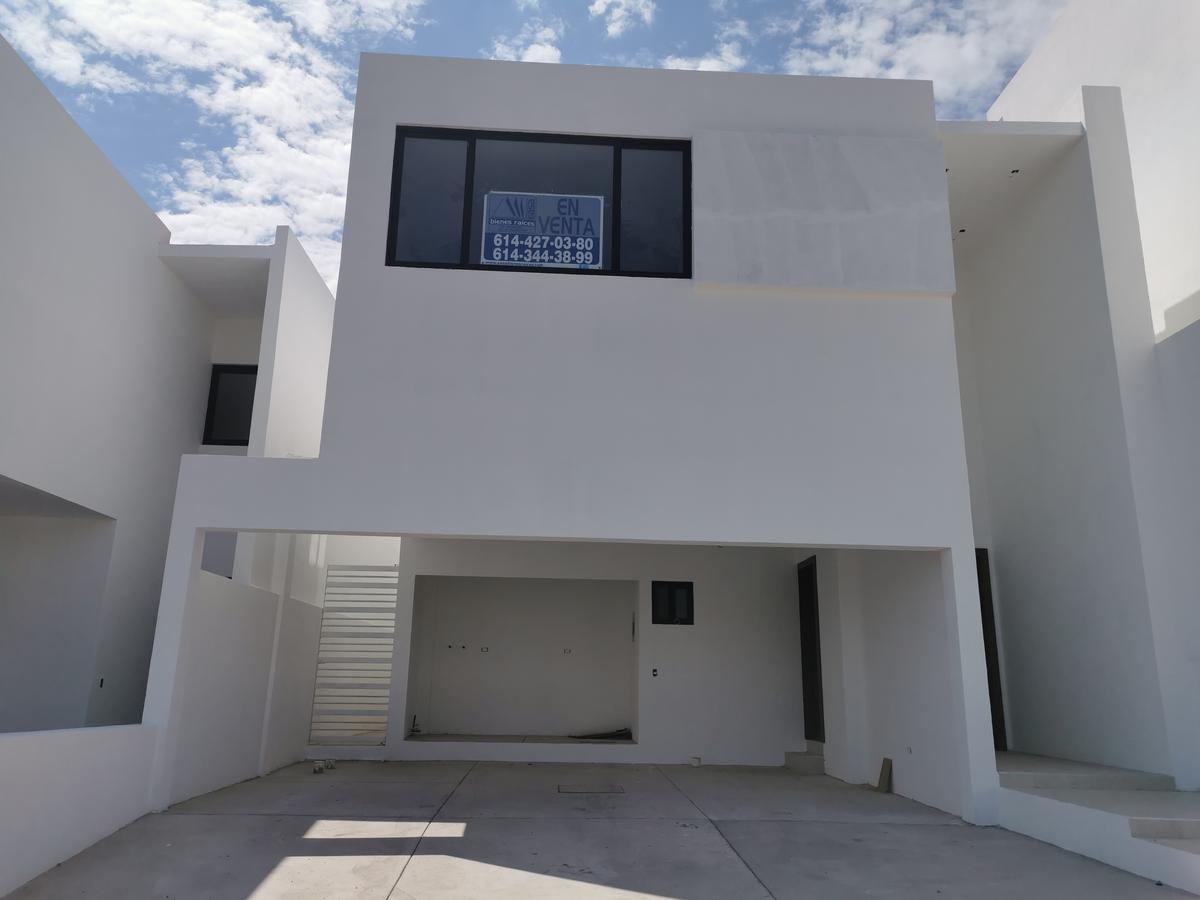 Foto Casa en Venta en  Chihuahua ,  Chihuahua  FRACC. ALBATERRA 2, ESTRENE RESIDENCIA, FRENTE A PARQUE, EQUIPADA