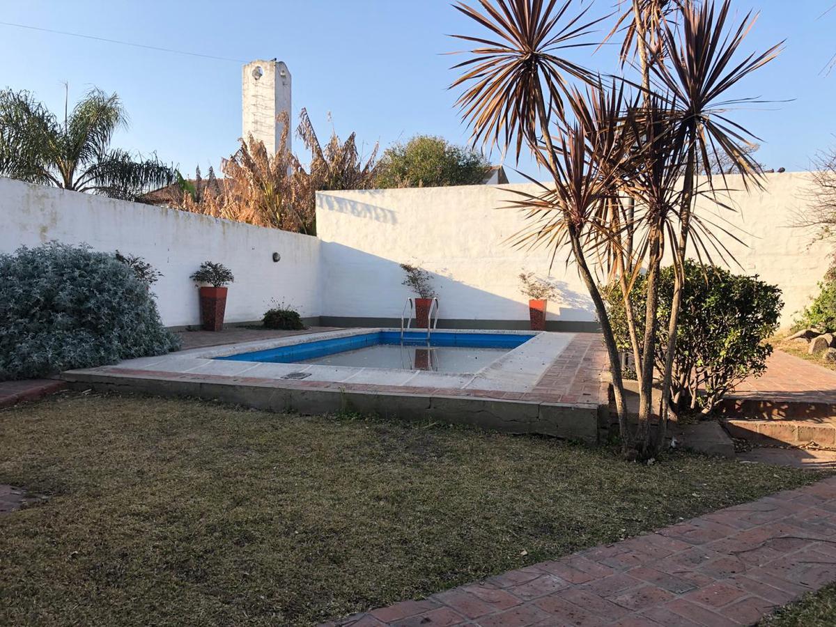 Foto Casa en Venta en  Granja De Funes,  Cordoba  Ing. Guillermo Fuchs al 6200