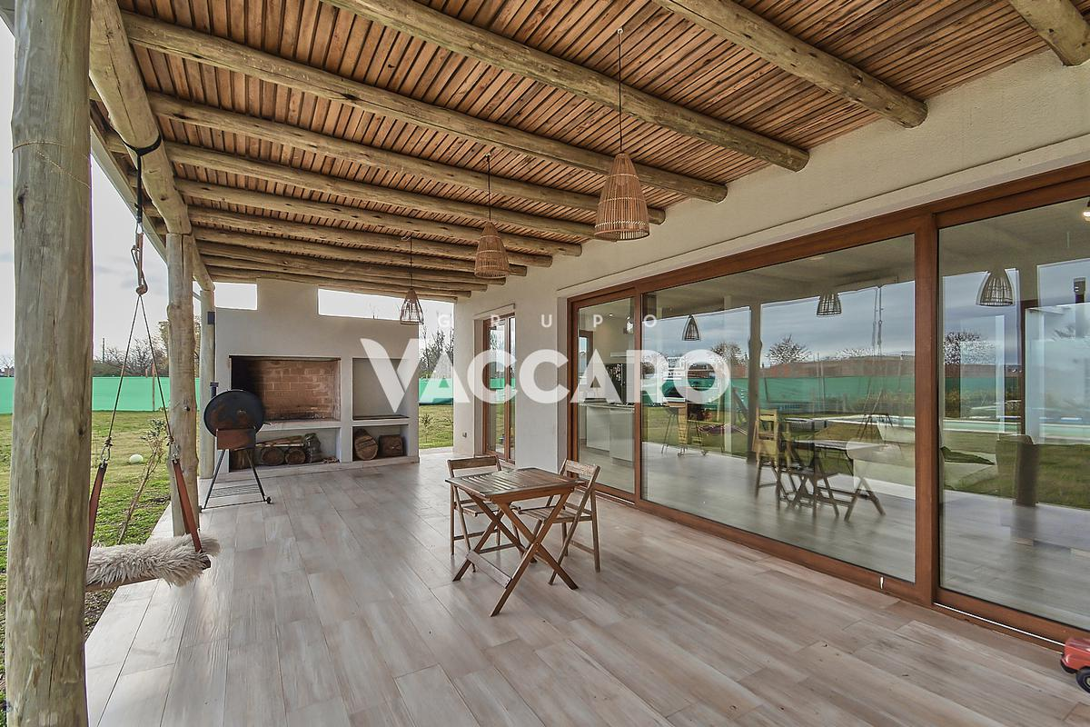 Foto Casa en Venta en Club de Campo Prados del Oeste, G.B.A. Zona Oeste   Moreno   Prados del Oeste