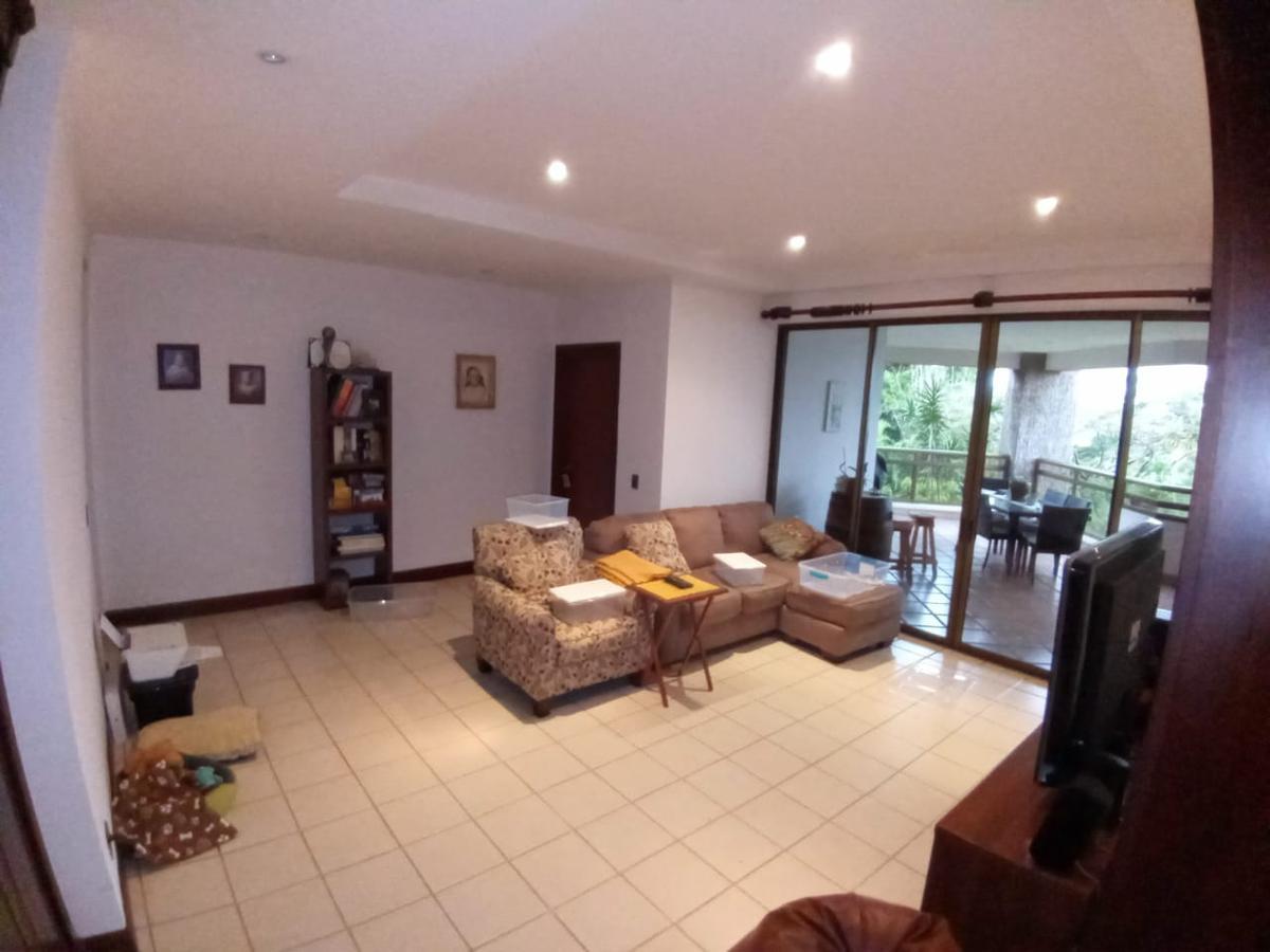 Foto Departamento en Renta en  San Rafael,  Escazu  Apartamento/ Escazú/ Vista/ 350 mt2