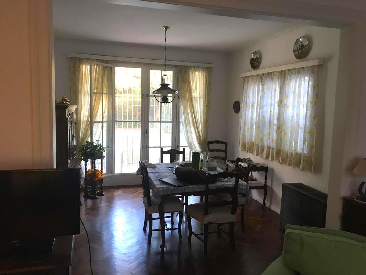 Foto Casa en Venta en  Acas.-Vias/Libert.,  Acassuso  Gral Pueyrredon al 800