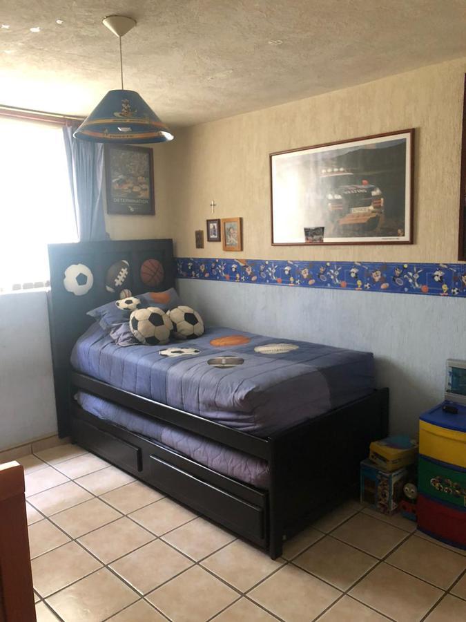 Foto Casa en Venta en  Zapopan ,  Jalisco  Casa en Venta dentro de coto Rincón del Olmo  en Residencial del valle zapopan