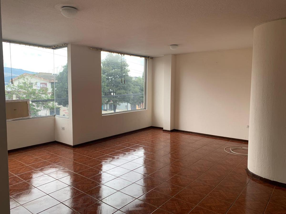 Foto Departamento en Alquiler en  Monteserrín,  Quito  ELOY ALFARO Y RIO COCA
