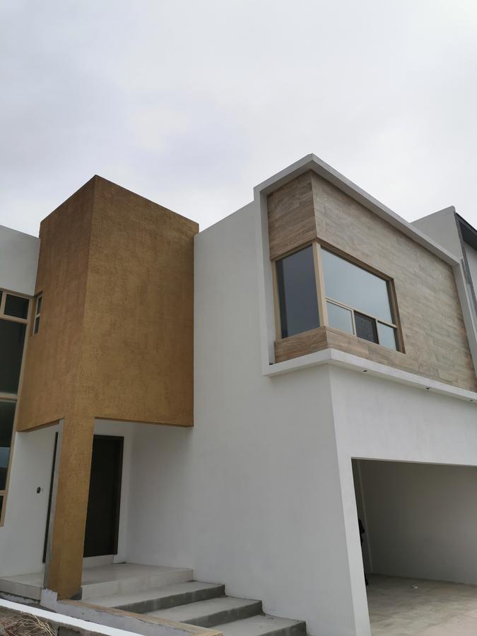 Foto Casa en Renta en  Chihuahua ,  Chihuahua  BOSQUES DEL VALLE 3, ESTRENE, 4 RECAMARAS, UNA EN PLANTA BAJA