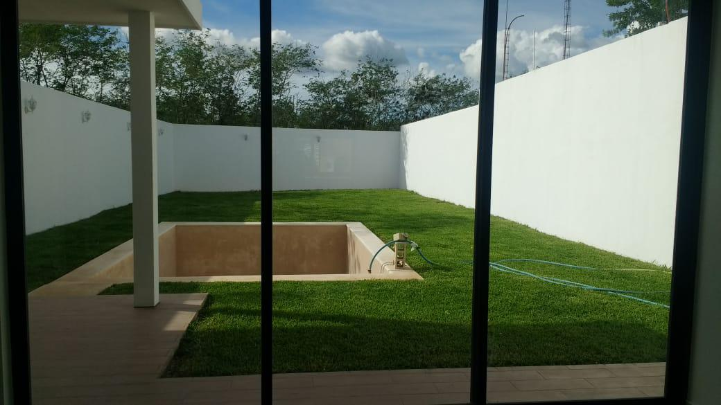 Foto Casa en Venta en  Mérida ,  Yucatán  Vendo bella casa nueva en Cholul