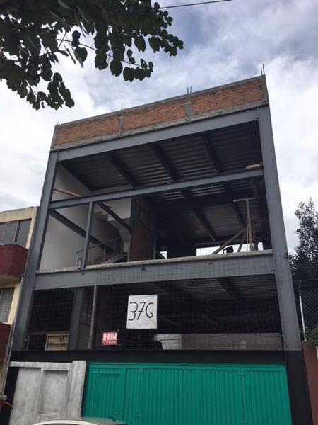 Foto Edificio Comercial en Renta |  en  Chapultepec Norte,  Morelia  Edificio nuevo en renta en Chapultepec Norte