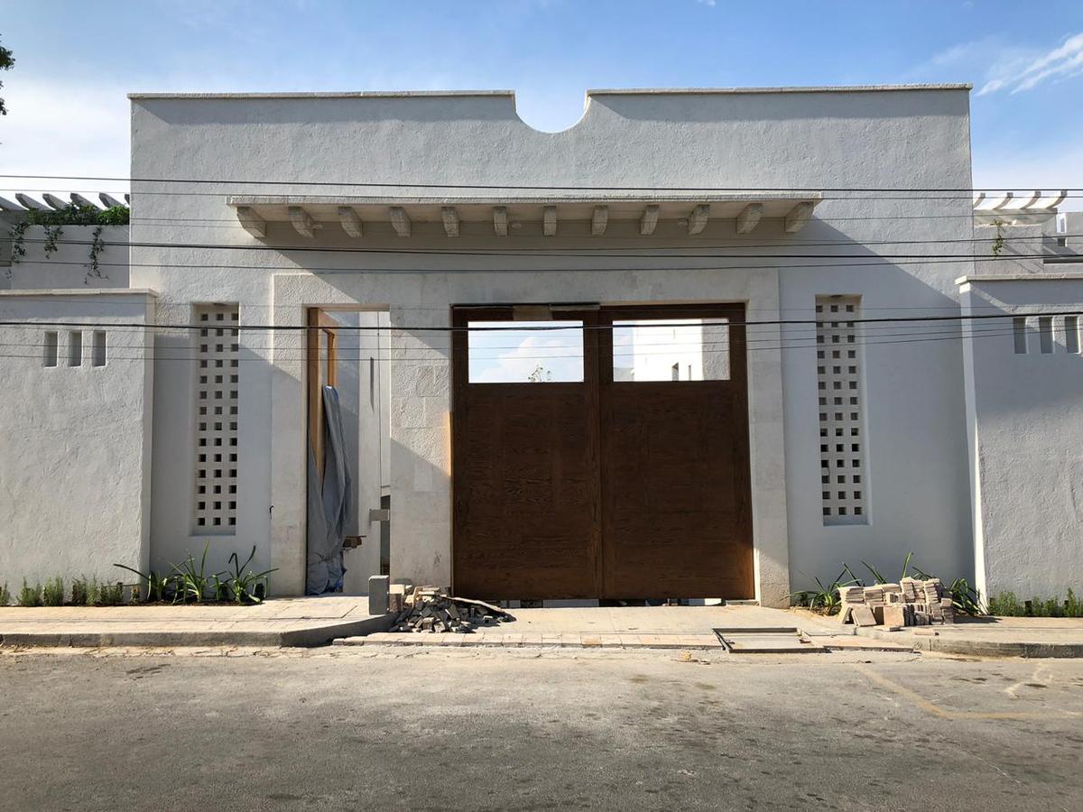 Foto Casa en Venta en  Jerónimo Siller,  San Pedro Garza Garcia  VENTA CASA MA. DEL LOS ANGELES  SAN PEDRO