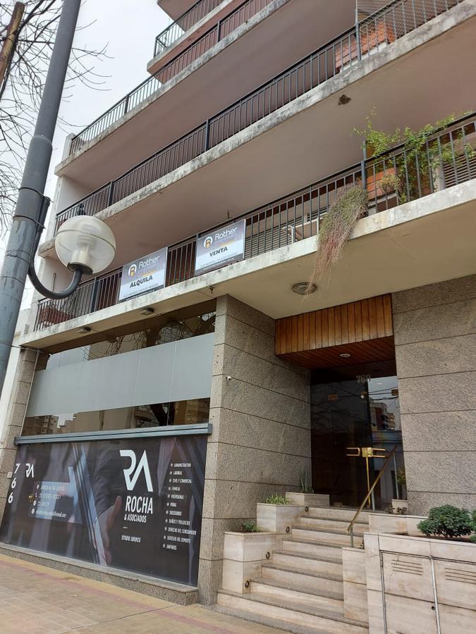 Foto Departamento en Alquiler en  La Plata ,  G.B.A. Zona Sur  44 10 y 11