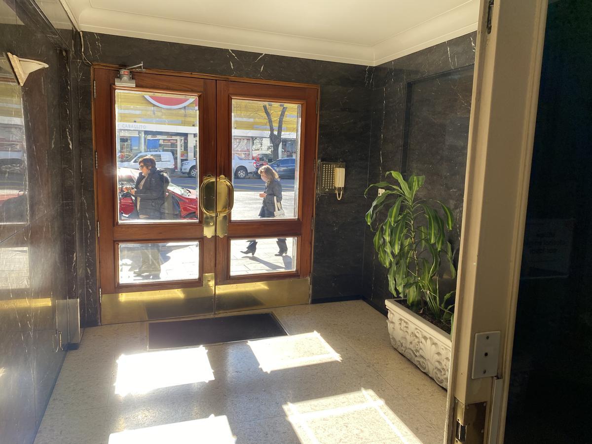 Foto Departamento en Venta en  Caballito Norte,  Caballito  Av.Rivadavia al 5700