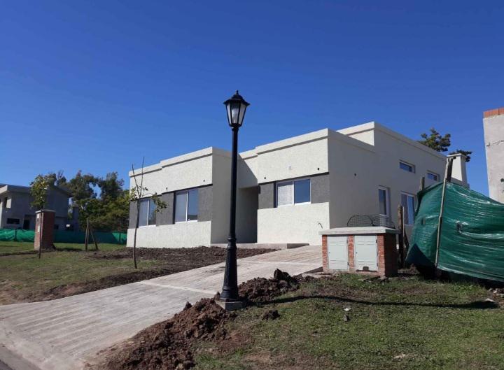 Foto Casa en Venta en  San Eduardo,  Pilar Del Este  San Eduardo