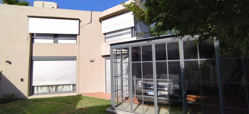 Foto Casa en Venta en  Jockey Club,  Cordoba  Exclusiva Casa frente al Jockey Club!