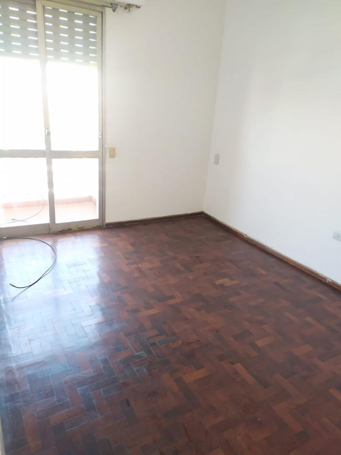 Foto Departamento en Alquiler en  Azcuenaga,  Rosario  Av. Eva perón 5392 03-03