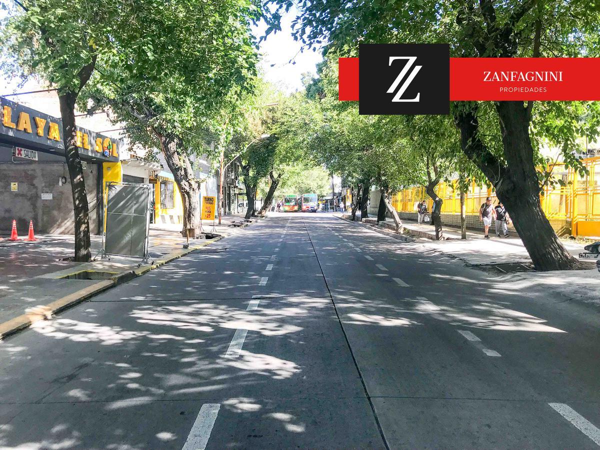Foto Edificio Comercial en Venta en  Capital ,  Mendoza  Edificio Salta 1156 - 1