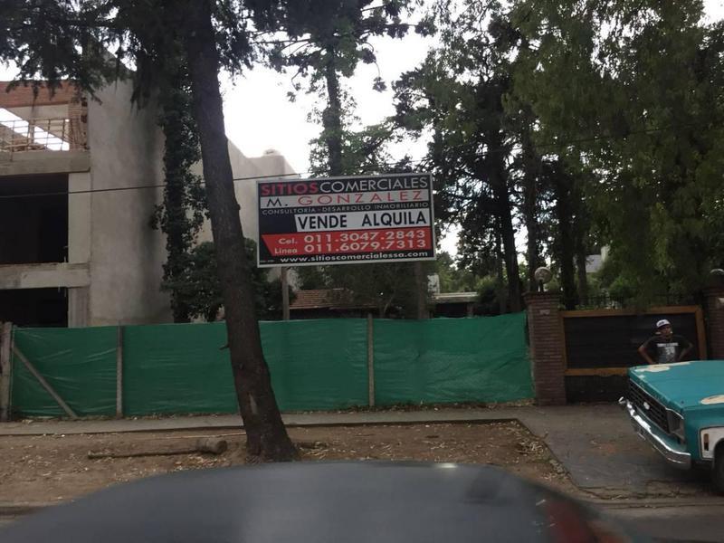 Foto Local en Alquiler en  Barrio Parque Leloir,  Ituzaingó  Martin Fierro 2975