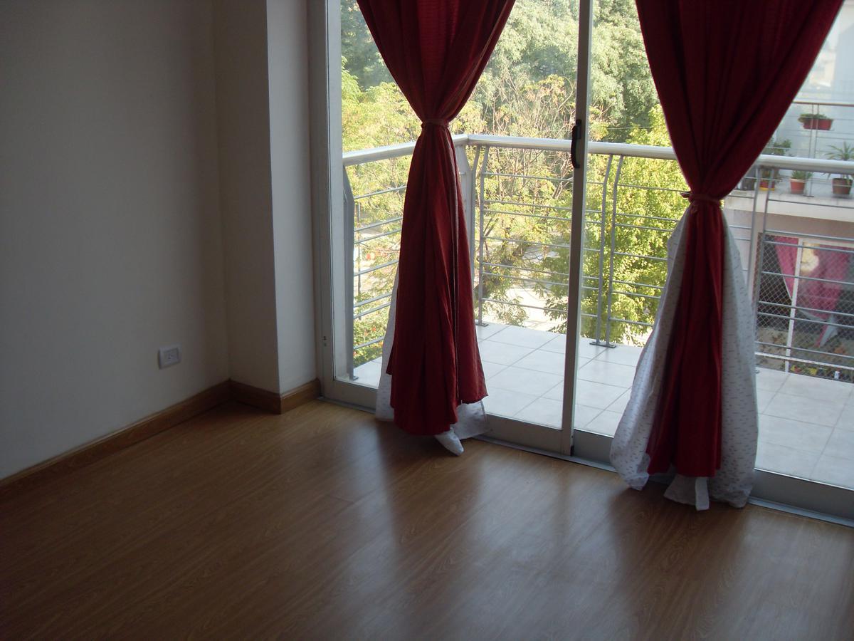"""Foto Departamento en Alquiler en  Villa Lugano ,  Capital Federal  BATTLE y ORDOÑEZ 6.844 - 3º """"C"""" entre col. gral.Paz y J:L:Suarez"""