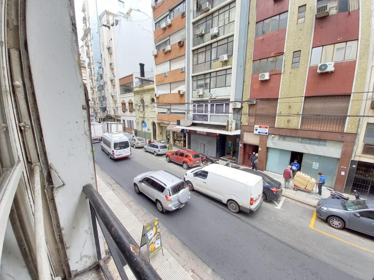Foto Departamento en Alquiler en  Barrio Norte ,  Capital Federal  Uruguay al 800