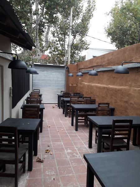 Foto Local en Venta en  Tigre ,  G.B.A. Zona Norte  Vivanco al 1500