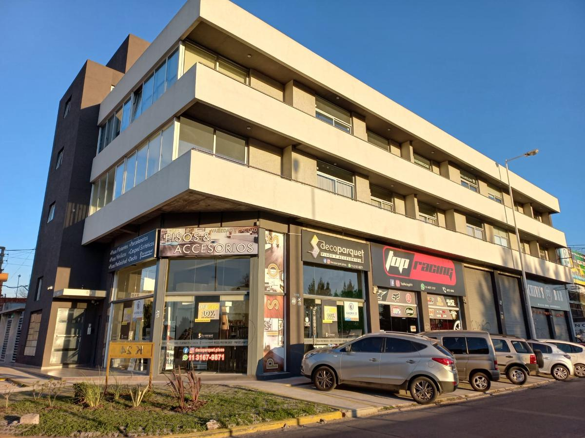 Foto Oficina en Venta en  Ituzaingó Norte,  Ituzaingó  Erlich al 800