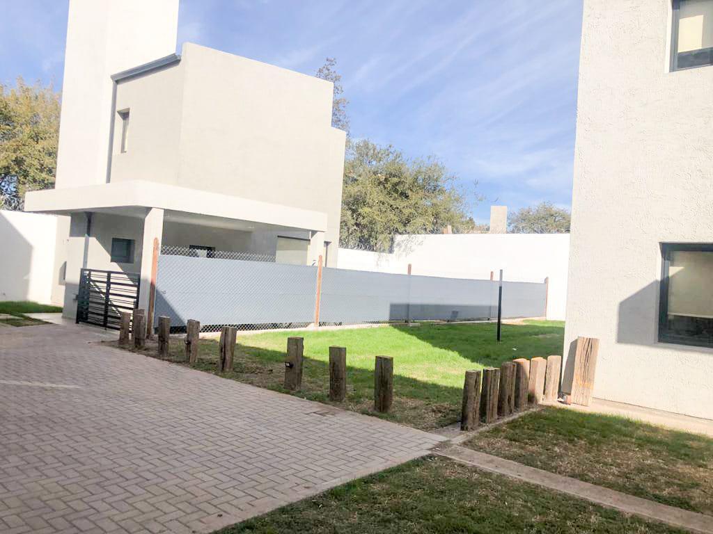 Foto PH en Venta en  Villa Allende,  Colon  DUPLEX EN VENTA VILLA ALLENDE