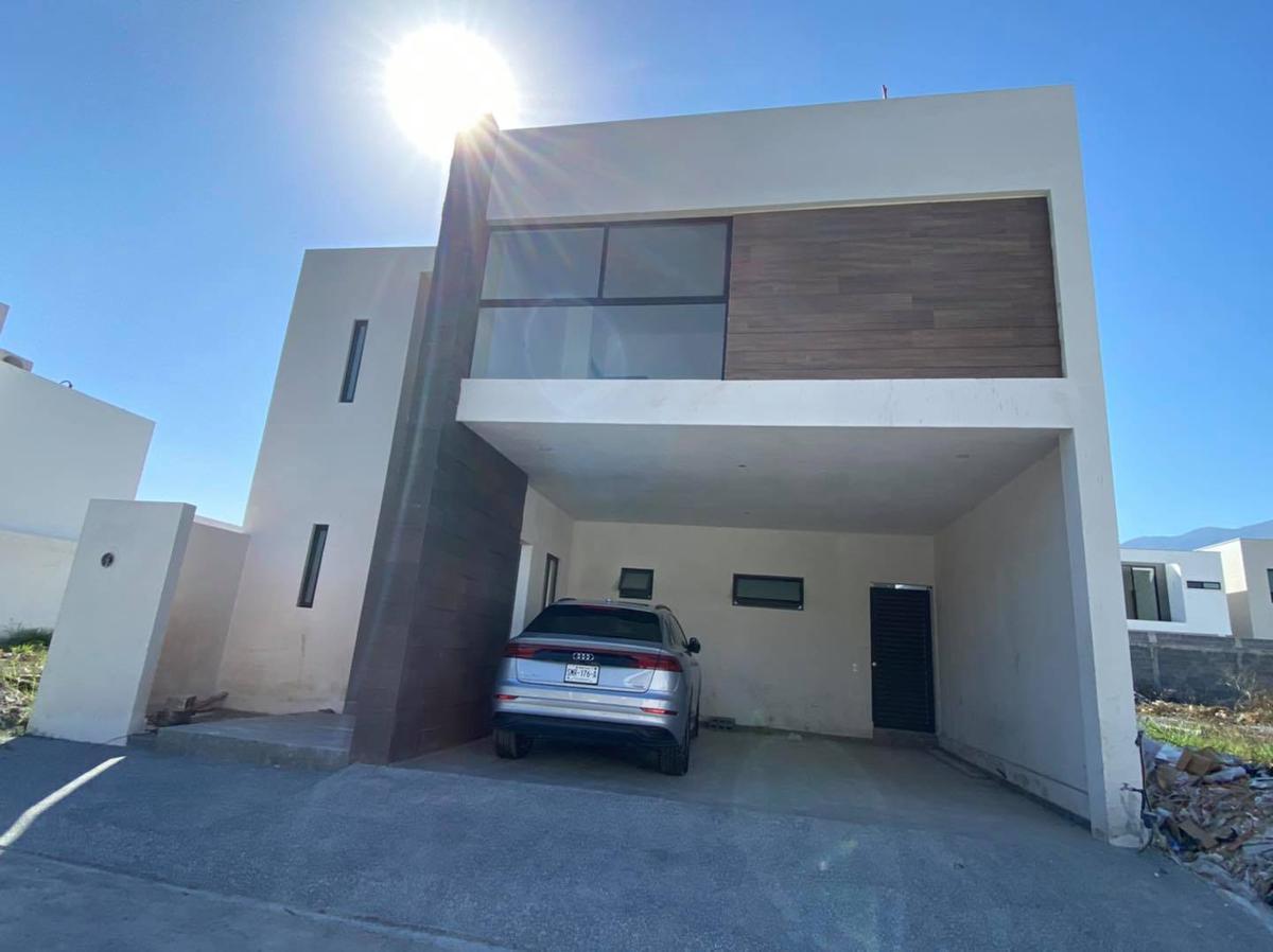 Foto Casa en Venta en  Monterrey ,  Nuevo León  AMORADA PRIVADA RESIDENCIAL CARRETERA  NACIONAL  MONTERREY N L