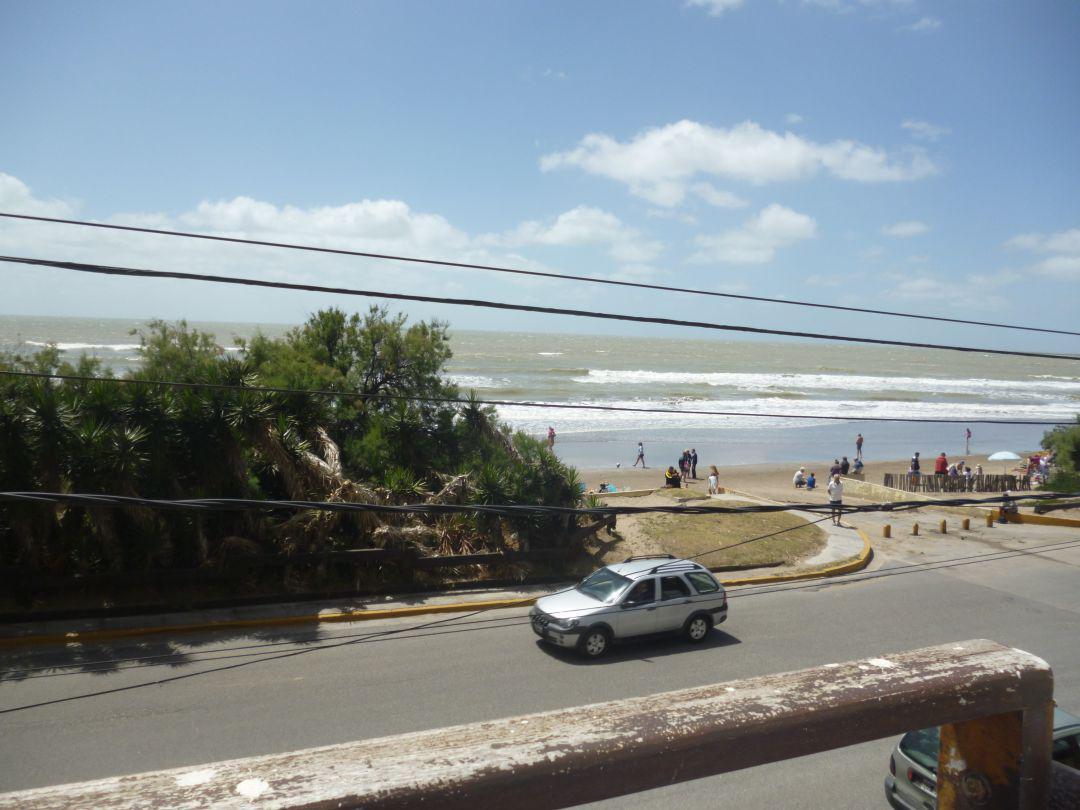Foto Departamento en Alquiler temporario en  San Bernardo Del Tuyu ,  Costa Atlantica  Av Costanera 3318 - 1° F, San Bernardo