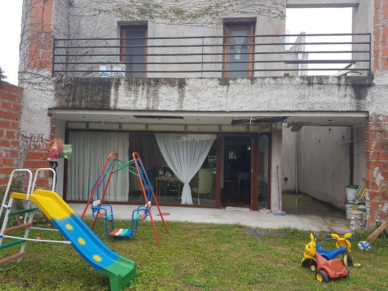 Foto Casa en Venta en  San Fernando ,  G.B.A. Zona Norte  Almirante Brown al 1700