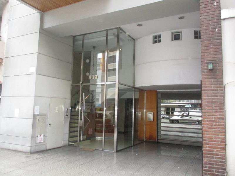 Foto Departamento en Alquiler en  Barracas ,  Capital Federal  Av. Martin Garcia y Av. Montes de Oca