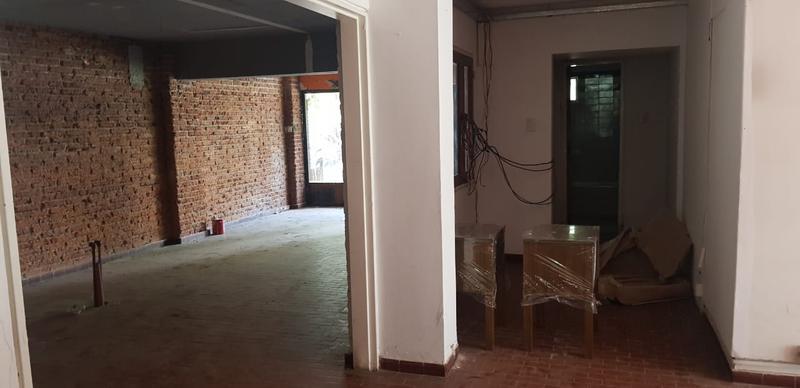 Foto Local en Alquiler en  Yerba Buena ,  Tucumán  Lobo de la vega al 200