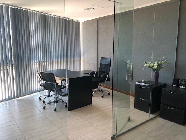 Foto Oficina en Alquiler en  Manuel Alberti,  Pilar  ALQUILER OFICINA EDIFICIO SKYGLASS II - PILAR