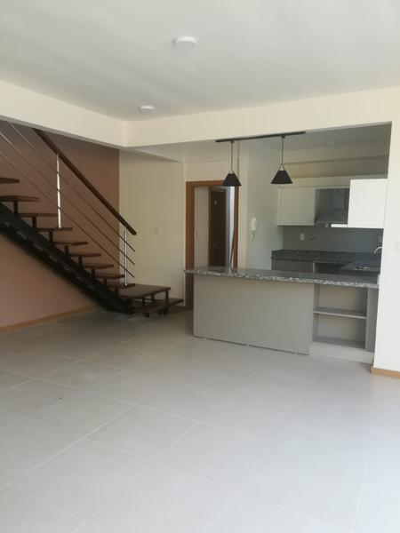 Foto Casa en Venta en  Luque,  Luque  Zona Confederación