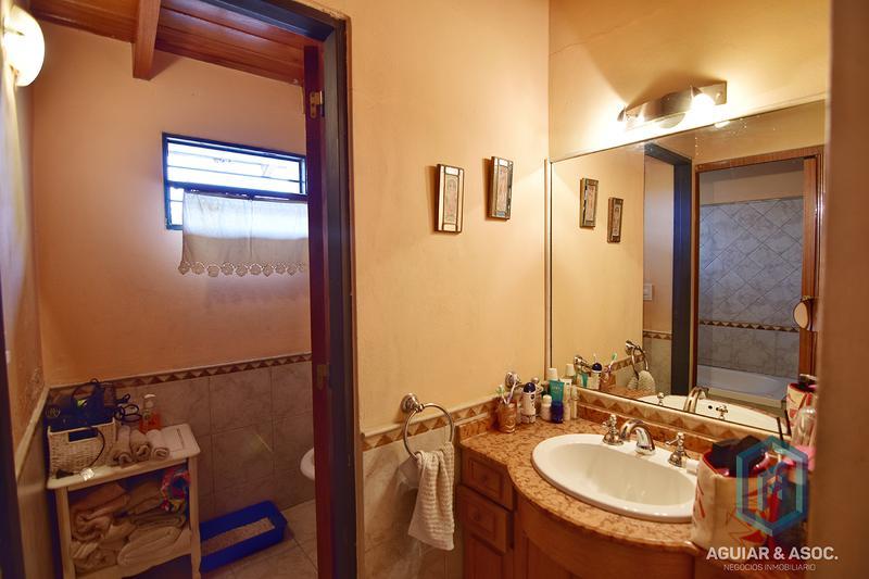 Foto Casa en Venta en  San Fernando,  Cordoba Capital  andres oliva3500