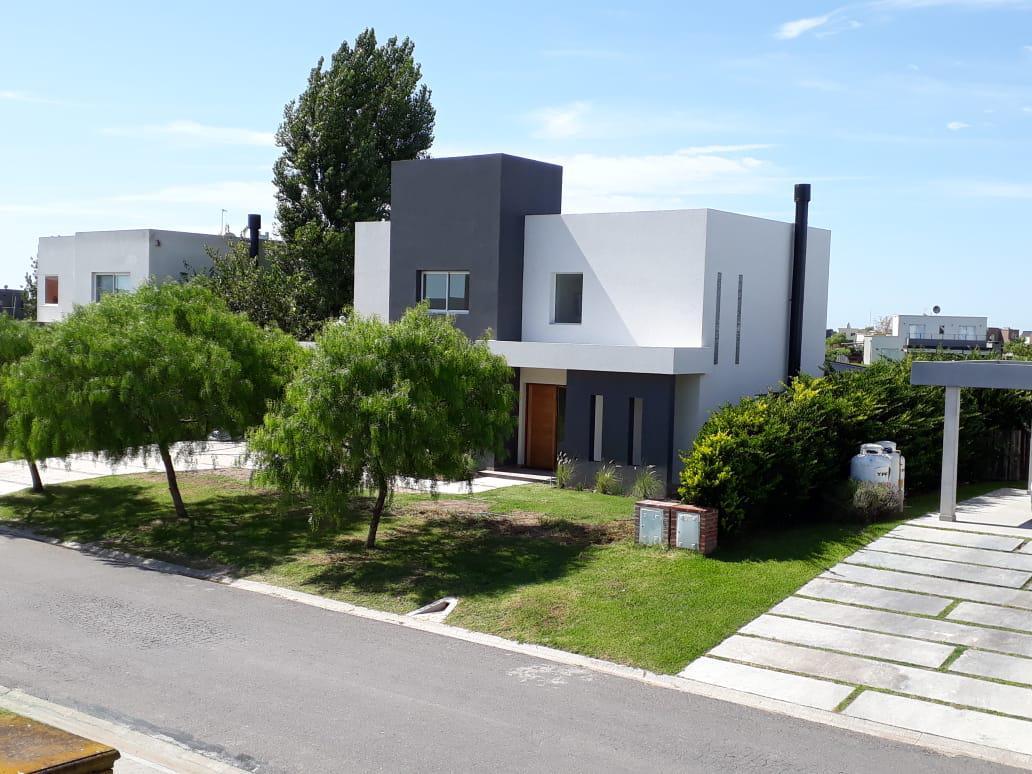 Foto Casa en Venta en  El Canton,  Countries/B.Cerrado (Escobar)          Barrio Norte 865