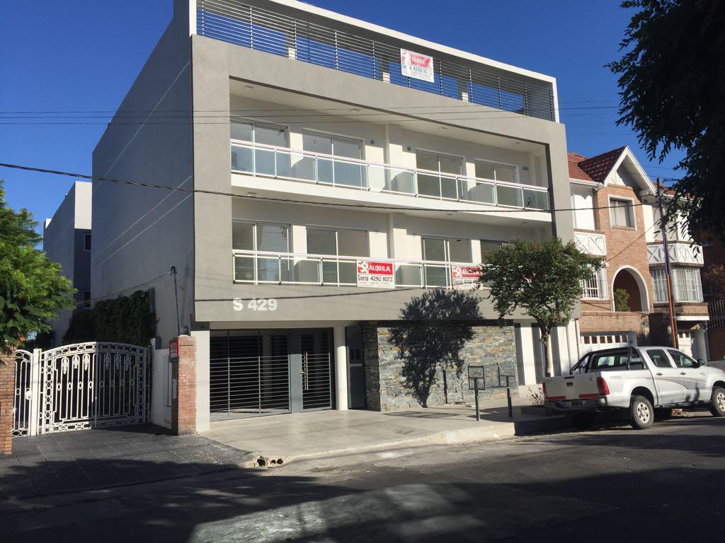 Foto Departamento en Venta en  Lomas De Zamora ,  G.B.A. Zona Sur  Saavedra 429