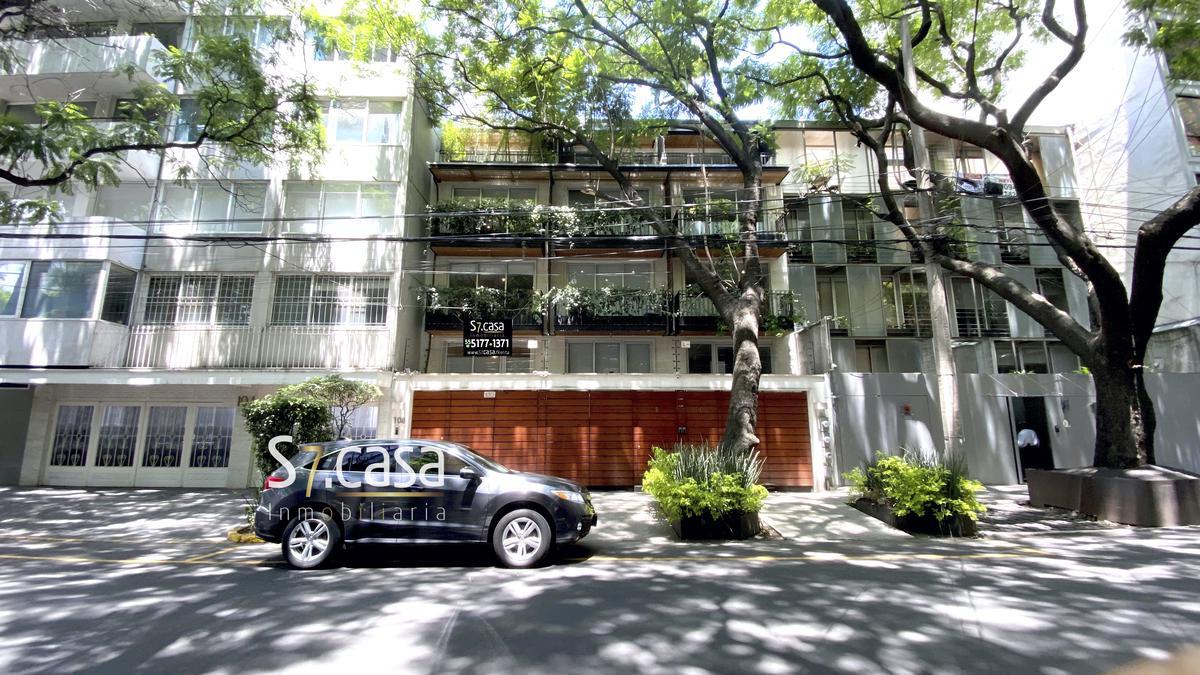 Foto Departamento en Venta en  Polanco,  Miguel Hidalgo  Departamento tipo Town House,en Renta, Polanco, con terraza y balcones.