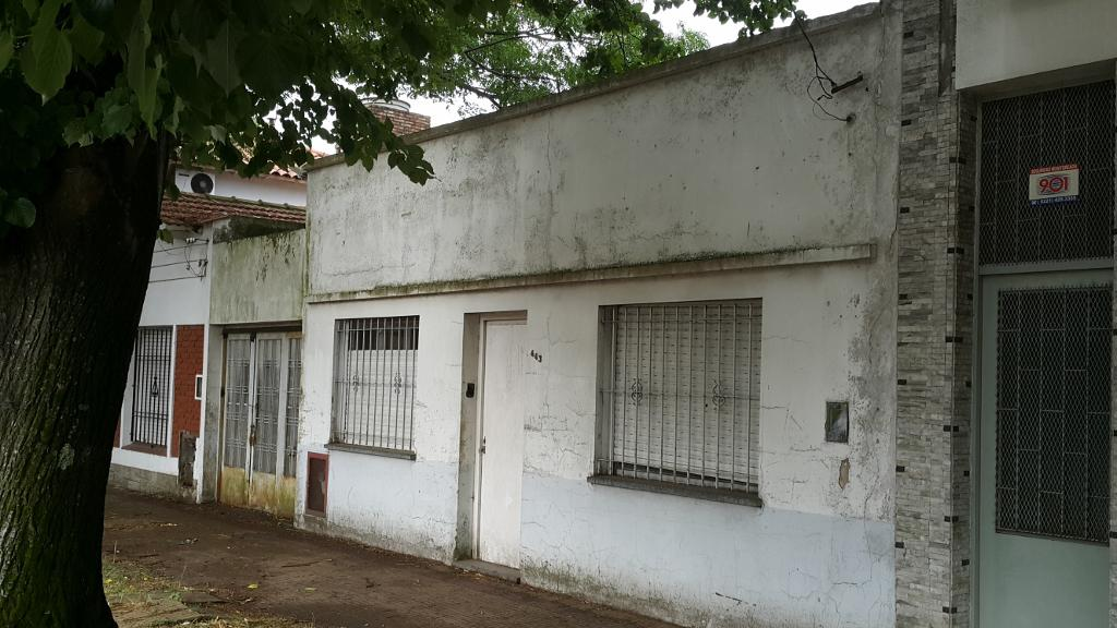 Foto Galpón en Venta en  Tolosa,  La Plata   528 e/120 y 121
