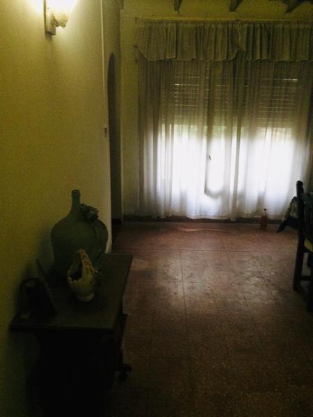 Foto Casa en Venta en  Temperley,  Lomas De Zamora  LONGHI 615, entre 30 de Septiembre y J. Sanchez